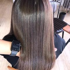 セミロング 美髪 縮毛矯正 ナチュラル ヘアスタイルや髪型の写真・画像