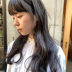 お洒落 透明感カラー くすみカラー ナチュラル ヘアスタイルや髪型の写真・画像