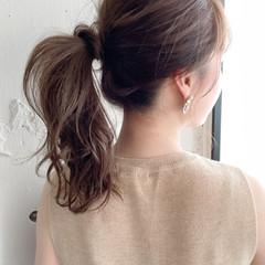 ミディアム ナチュラル アウトドア オフィス ヘアスタイルや髪型の写真・画像