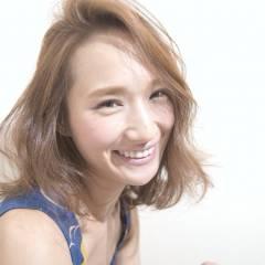 フェミニン ナチュラル ミディアム 大人かわいい ヘアスタイルや髪型の写真・画像