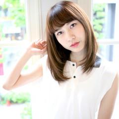 パーマ ストレート セミロング 縮毛矯正 ヘアスタイルや髪型の写真・画像