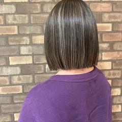 切りっぱなしボブ コントラストハイライト ハイライト イルミナカラー ヘアスタイルや髪型の写真・画像