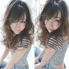 グラデーションカラー ピュア 外国人風 セミロング ヘアスタイルや髪型の写真・画像