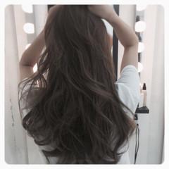 アッシュグレージュ イルミナカラー アッシュ コンサバ ヘアスタイルや髪型の写真・画像