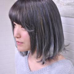 ブルー ロブ 小顔 ショート ヘアスタイルや髪型の写真・画像