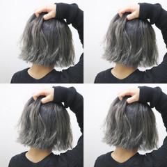 外ハネ ボブ グレージュ 透明感 ヘアスタイルや髪型の写真・画像