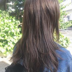 シルバーアッシュ ロング 無造作 ナチュラル ヘアスタイルや髪型の写真・画像
