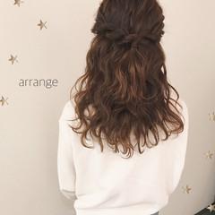デート ハーフアップ ガーリー 結婚式 ヘアスタイルや髪型の写真・画像