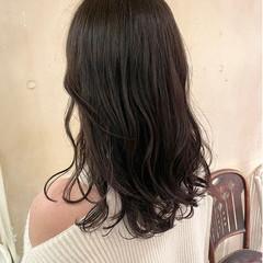 セミロング ヨシンモリ ナチュラル レイヤーカット ヘアスタイルや髪型の写真・画像