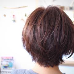 冬 ベージュ ボブ 色気 ヘアスタイルや髪型の写真・画像