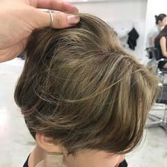 ハンサムショート ナチュラル グレージュ ショートヘア ヘアスタイルや髪型の写真・画像