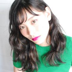 外国人風 ハイライト セミロング ウェットヘア ヘアスタイルや髪型の写真・画像