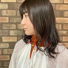 透明感 ナチュラル ラベンダーアッシュ 前髪あり ヘアスタイルや髪型の写真・画像