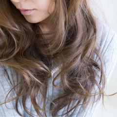 ハイライト ナチュラル 外国人風 艶髪 ヘアスタイルや髪型の写真・画像