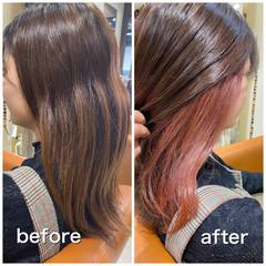 ピンクベージュ ミディアム ブリーチ必須 インナーカラー ヘアスタイルや髪型の写真・画像
