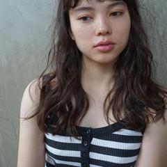 ロング ウェーブ 外国人風 パーマ ヘアスタイルや髪型の写真・画像