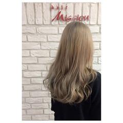 ストリート ヌーディベージュ アッシュグレージュ ミルクティー ヘアスタイルや髪型の写真・画像