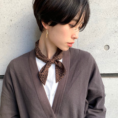 暗髪女子 ハンサムショート 黒髪ショート ナチュラル ヘアスタイルや髪型の写真・画像