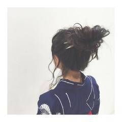 セミロング 大人かわいい ヘアアレンジ 暗髪 ヘアスタイルや髪型の写真・画像