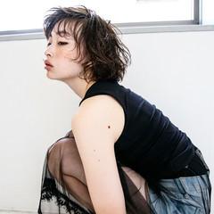 パーマ 大人女子 かわいい 黒髪 ヘアスタイルや髪型の写真・画像