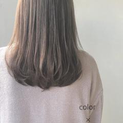 透明感 セミロング ミルクティーベージュ ツヤ髪 ヘアスタイルや髪型の写真・画像
