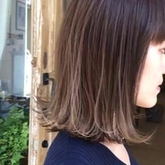 3Dハイライト ミディアム フェミニン 切りっぱなしボブ ヘアスタイルや髪型の写真・画像