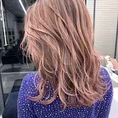 ピンクパープル ガーリー バレイヤージュ 大人ハイライト ヘアスタイルや髪型の写真・画像