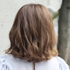 ミディアム デート 女子会 パーマ ヘアスタイルや髪型の写真・画像