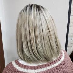 ミディアム コントラストハイライト グラデーションカラー ガーリー ヘアスタイルや髪型の写真・画像
