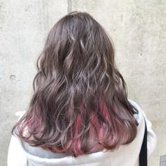 インナーカラー バレイヤージュ ピンク ロング ヘアスタイルや髪型の写真・画像