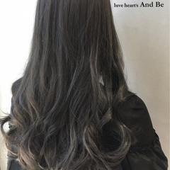 ブラウン アッシュ グラデーションカラー 暗髪 ヘアスタイルや髪型の写真・画像