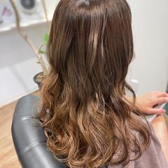 ロング ガーリー ブリーチ ブリーチカラー ヘアスタイルや髪型の写真・画像
