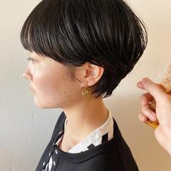 ワンカールパーマ 毛先パーマ コテ巻き風パーマ ショート ヘアスタイルや髪型の写真・画像