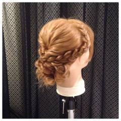 ヘアアレンジ 編み込み 結婚式 フェミニン ヘアスタイルや髪型の写真・画像