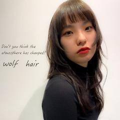 大人女子 ウルフレイヤー モード レイヤースタイル ヘアスタイルや髪型の写真・画像