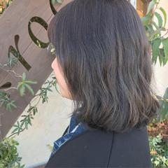 モード ミディアム ハイライト アッシュグレージュ ヘアスタイルや髪型の写真・画像