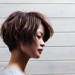 ショート ストリート ハイライト ニュアンス ヘアスタイルや髪型の写真・画像