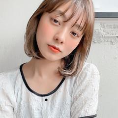 インナーカラー 切りっぱなしボブ ナチュラル 透明感カラー ヘアスタイルや髪型の写真・画像
