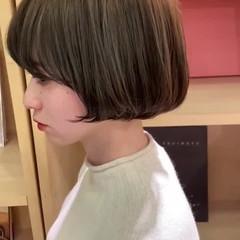 デート オフィス ボブ ハイライト ヘアスタイルや髪型の写真・画像