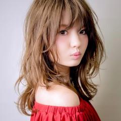 レイヤーカット ガーリー ハイライト インナーカラー ヘアスタイルや髪型の写真・画像