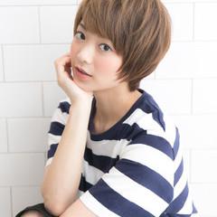 ピュア 小顔 ショート ナチュラル ヘアスタイルや髪型の写真・画像