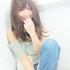 大人かわいい パーマ 外国人風 フェミニン ヘアスタイルや髪型の写真・画像