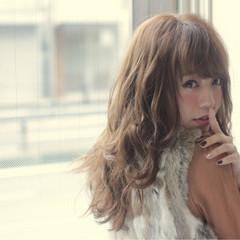 斜め前髪 フェミニン ロング 色気 ヘアスタイルや髪型の写真・画像