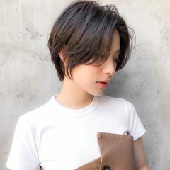 デート 大人かわいい ショートボブ アンニュイほつれヘア ヘアスタイルや髪型の写真・画像