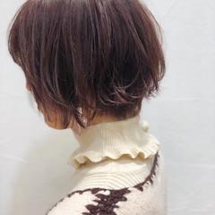 透明感 ベリーピンク かわいい ふわふわ ヘアスタイルや髪型の写真・画像