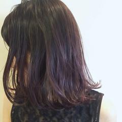 外ハネ パープル 暗髪 大人かわいい ヘアスタイルや髪型の写真・画像