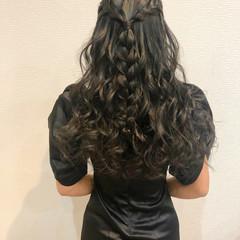 フェミニン 編み込み ハーフアップ 編み込みヘア ヘアスタイルや髪型の写真・画像