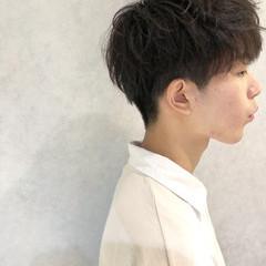 パーマ ボーイッシュ マッシュ メンズ ヘアスタイルや髪型の写真・画像