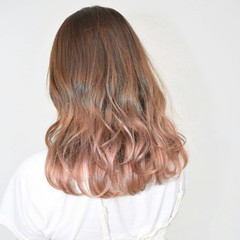 秋 くすみカラー ガーリー くせ毛風 ヘアスタイルや髪型の写真・画像