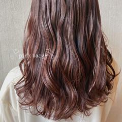 ラベンダーカラー ピンクブラウン ミディアム ピンクラベンダー ヘアスタイルや髪型の写真・画像